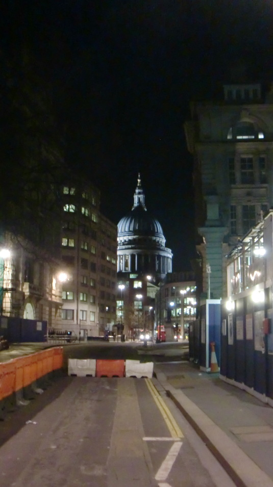 Picture of St Paul's at night