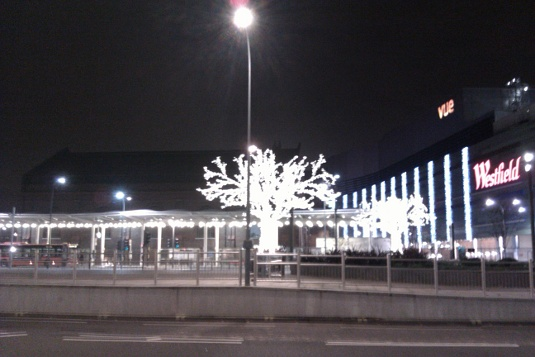 Picture of Christmas tree at Westfield Shepherds Bush