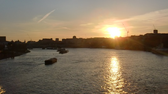 Picture of sun setting over the Thames from Blackfriars Bridge
