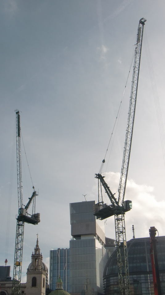 Picture of cranes in Queen Victoria Street EC4