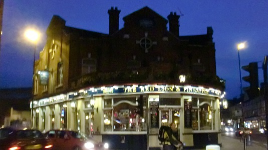 Picture of The Red Lion and Pineapple pub